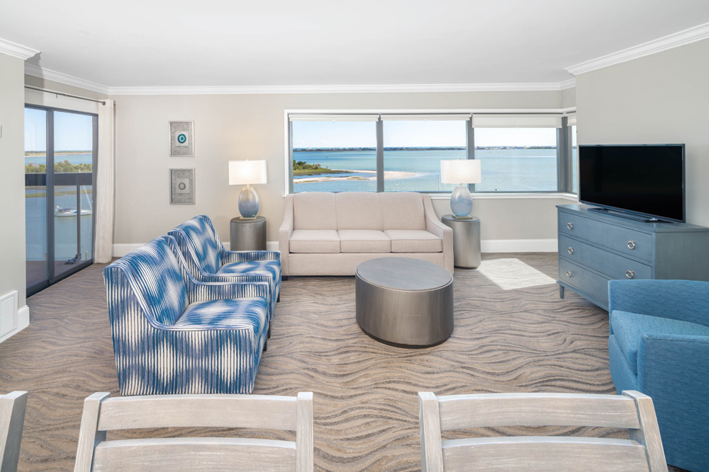King Suite Water View