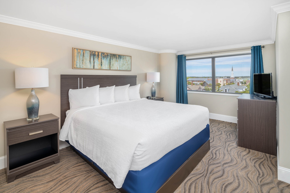King and Queen Suite City View