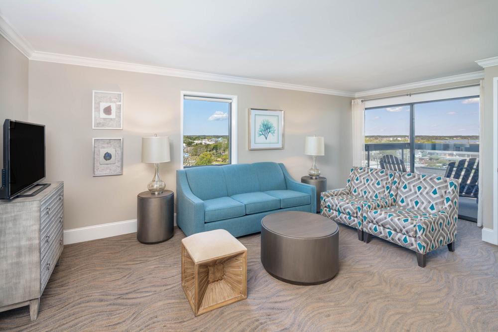Double Queen Suite City View