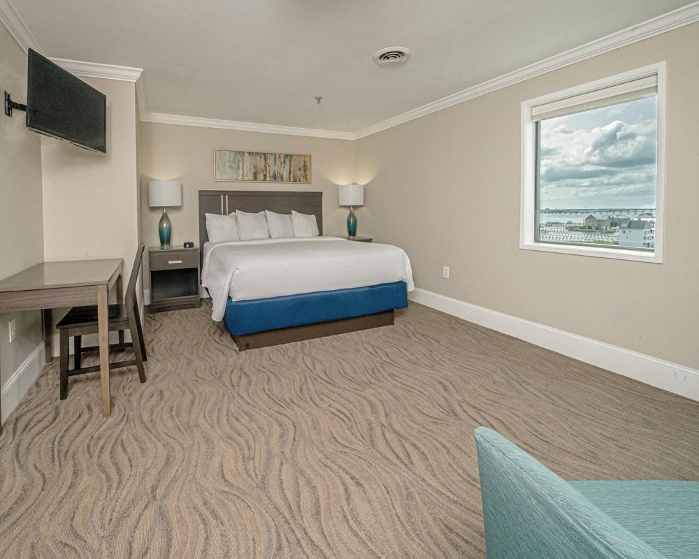 Suite 801